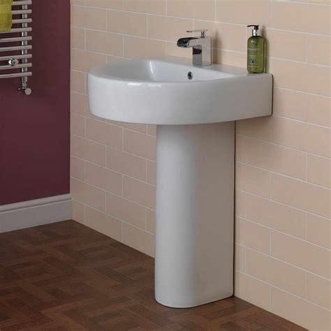 bathroom pedestal sinks ideas small bathroom sinks on the pedestal useful reviews of