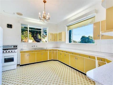 cabinet in the kitchen 18 bonvue avenue beaumont sa 5066 kitchens original 5066