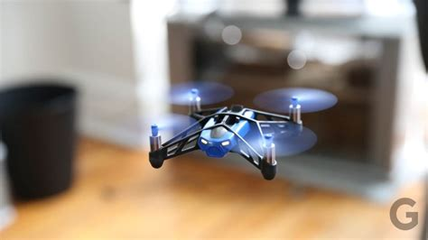 parrot rolling spider drone review  specifications geekyviews