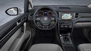 Golf 8 Interieur : 2013 volkswagen golf sportsvan concept interior hd wallpaper 8 ~ Medecine-chirurgie-esthetiques.com Avis de Voitures