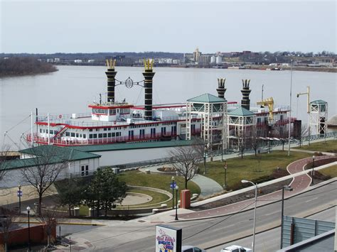 Evansville Indiana Casino Boat by Casino Aztar Riverboat Evansville Indiana Flickr