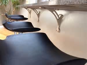 exemplary modern kitchen design with kitchen island