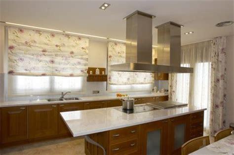 des rideaux de cuisine rideaux de cuisine comment choisir des rideaux pour sa cuisine pratique fr