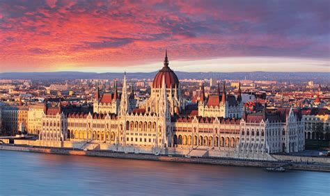 Emerging Markets: A Closer Look At Hungary