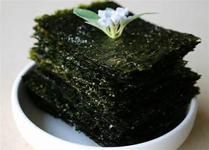 Roasted seaweed sheets (Gim-gui) recipe - Maangchi.com  Seaweed