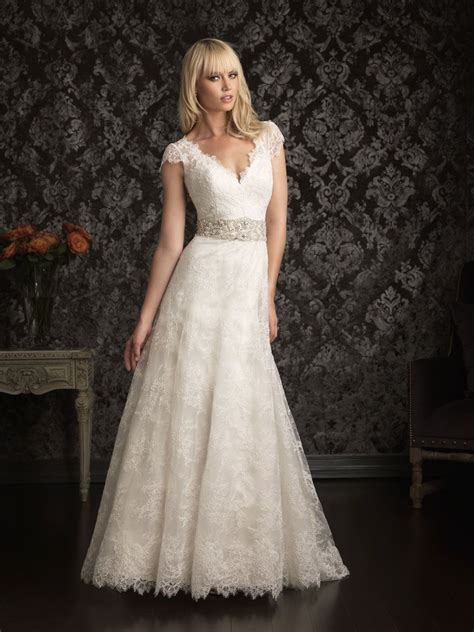 vintage wedding dress with capped sleaves bing images