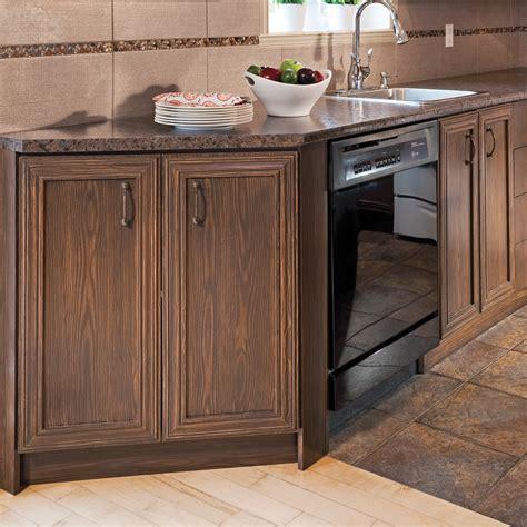 peinturer un comptoir de cuisine réaliser un faux fini bois sur une armoire de mélamine