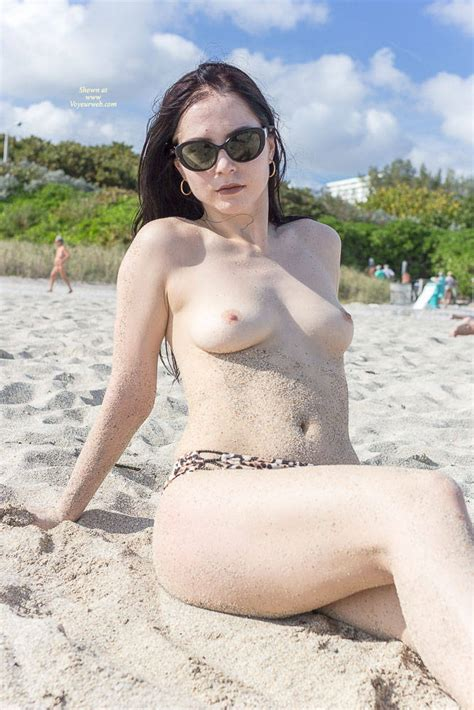 Nude Kat At The Beach July Voyeur Web Hall Of Fame