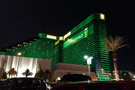 MGM Resorts International Now Looking to Offload MGM Grand ...