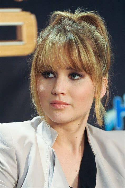 years  jennifer lawrences changing hairstyles