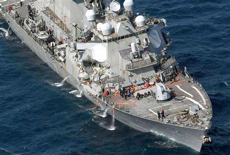 Ship Collision by Us Navy Destroyer Uss Fitzgerald Flooding After