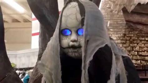 Spirit Halloween Animatronics Youtube by Spirit Halloween 2015 Animatronics Halloween Decoration