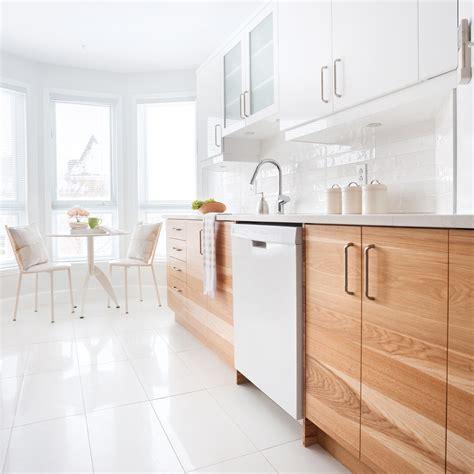 asticot blanc dans la cuisine harmonie en blanc dans la cuisine cuisine avant après décoration et rénovation pratico