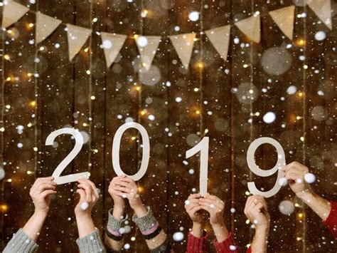 6 Crazy New Year's Traditions And Superstitions You Should Try