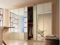 mirrored closet doors Options for Mirrored Closet Doors | HGTV