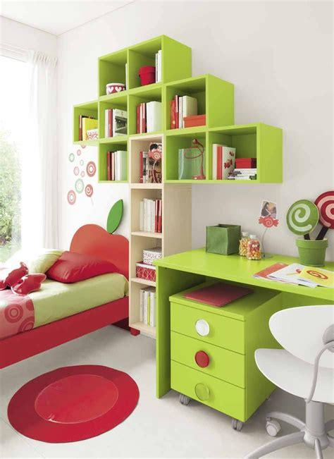 Libreria Per Cameretta libreria per cameretta a forma di albero in vari colori