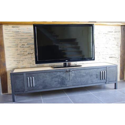 meuble tv industriel bois acier avec ancienne porte de vestiaire
