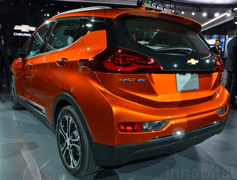 Chevy Debuts Groundbreaking Affordable 200milerange Bolt