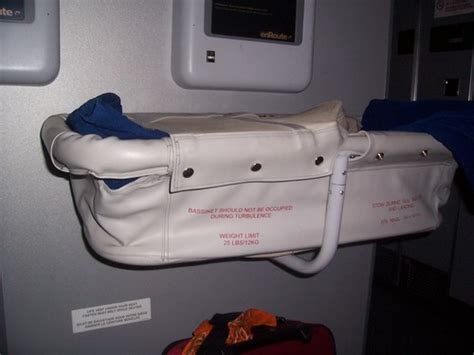 reserver siege air canada bébé en avion réserver un siège oui ou non