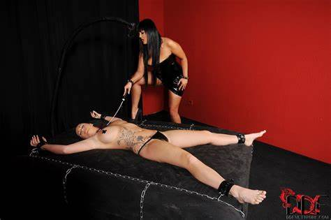 Jasmine Negro And Paige Delight Jasmine Native Pleasures Paige Delight With A Perfect Whipping