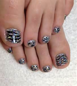 Toe nails for fall nail art styling