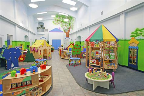 daycare center early childhood creative world school 992 | Heading pic until video Exploratorium