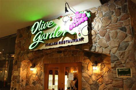 olive garden la olive garden rinde homenaje a la gastronom 237 a de la toscana