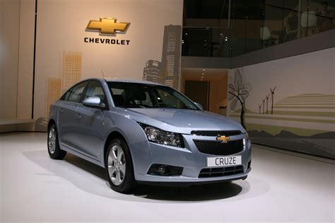 Chevrolet Photo by Photos Chevrolet Cruze Caradisiac