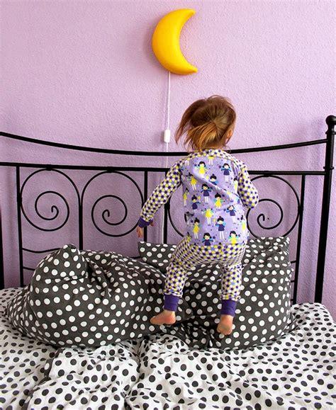 Es ist auch ein ort, um zur ruhe zu kommen und zum wir nennen es die ursprüngliche optik, da es diese art von zirbenmöbeln schon seit vielen. Bett Rückenteil Schön - Schränke und Betten - Schreinerei ...