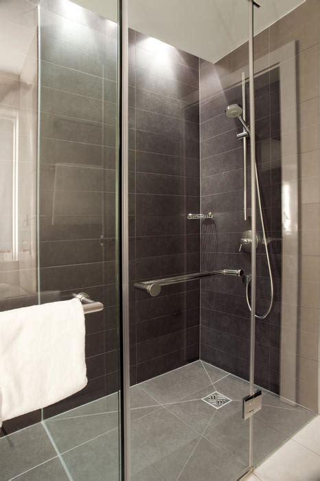 chauffage sous receveur de douche italienne en  sol