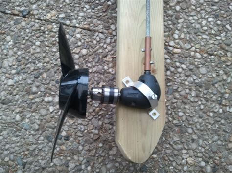 Electric Boat Motor Diy by Wooden Outboard Motor Powered By A Cordless Drill Make