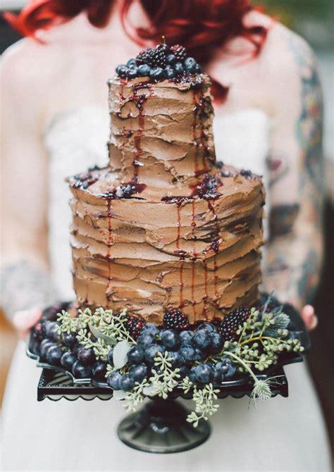 glamorous wedding cake ideas deer pearl flowers