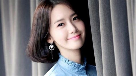SNSD Yoona showed up with a new hairstyle of a short bob ...