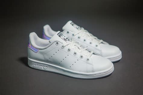 Adidas Stan Smith J 'iridescent'