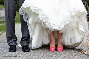 colored wedding shoes modern unusuall practic and chic With what color shoes to wear with ivory wedding dress