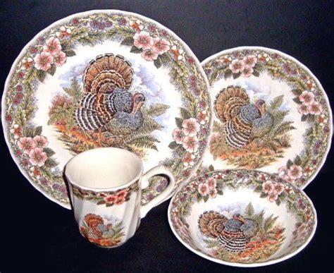 thanksgiving china sets 16 pc thanksgiving turkey dinnerware set queen s myott by churchill queen s http www amazon