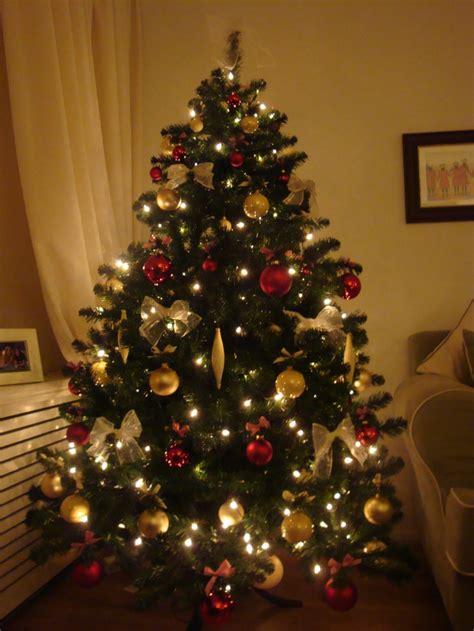 Weihnachtsbaum Rot Silber Geschmückt by Bilder Geschm 252 Ckter Weihnachtsbaum Bilder19