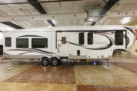 2017 Luxury Mid Bunkhouse Fifth Wheel Model 377mbc  Ebay. Painting Ideas For Living Room With Brown Furniture. Grey Sectional Living Room Ideas. Living Room And Dining Room Together. Living Room Interior Designs. Fun Living Room Chairs. Dining Chairs In Living Room. Urban Outfitters Living Room. Gray And Green Living Room Ideas