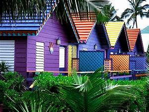 Colorful Houses, Bahamas Wallpapers