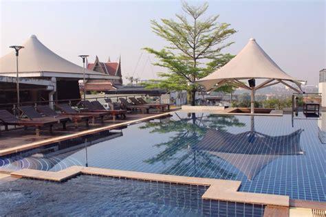 Pool Auf Dem Dach by Quot Pool Auf Dem Dach Quot Dang Derm Hotel Bangkok