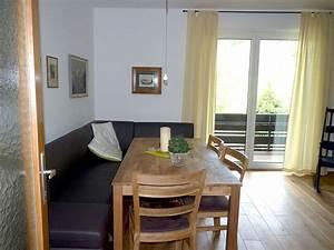 Wohnzimmer Stylisch Einrichten : das urbane wohnzimmer grosartig stylisch ~ Markanthonyermac.com Haus und Dekorationen
