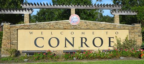 experience historic downtown conroe home