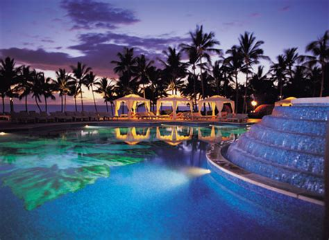 Amazing Luxury Travel Experiences For The Holidays