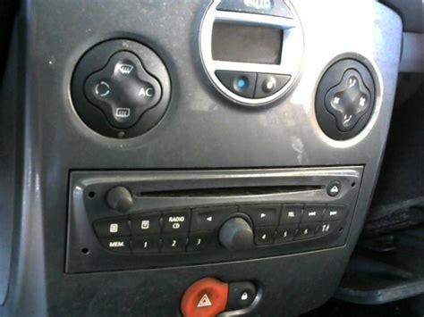 autoradio renault clio 3 autoradio d origine renault clio iii estate phase 2 diesel