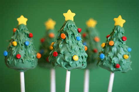 the coolest christmas cake pops from bakerella more