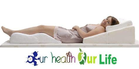 Bed Wedge Benefits, Its Uses And Buying Guide To Get Best