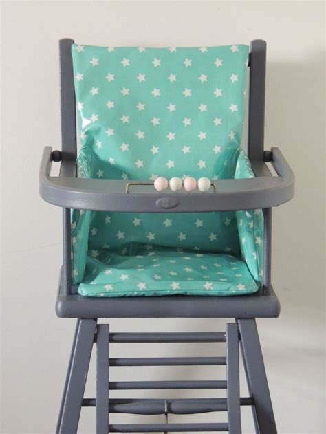 siege pour chaise haute en bois 17 best ideas about coussin de chaise haute on