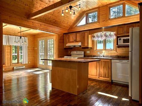 armoire de cuisine en pin a vendre armoire de cuisine en bois usage a vendre