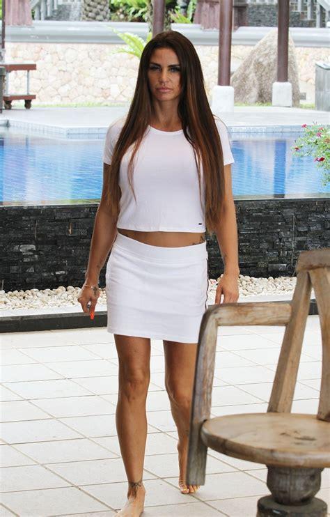 She has been married to kieran hayler since january 16, 2013. KATIE PRICE Out in Koh Samui 07/20/2018 - HawtCelebs