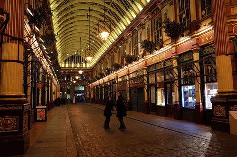 christmas lights  londons delightful leadenhall market